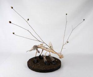 Obra Iguapiña - Escultura - Artista Antonio Morales Prats - Proyecto Kryptos Natura Críptidos