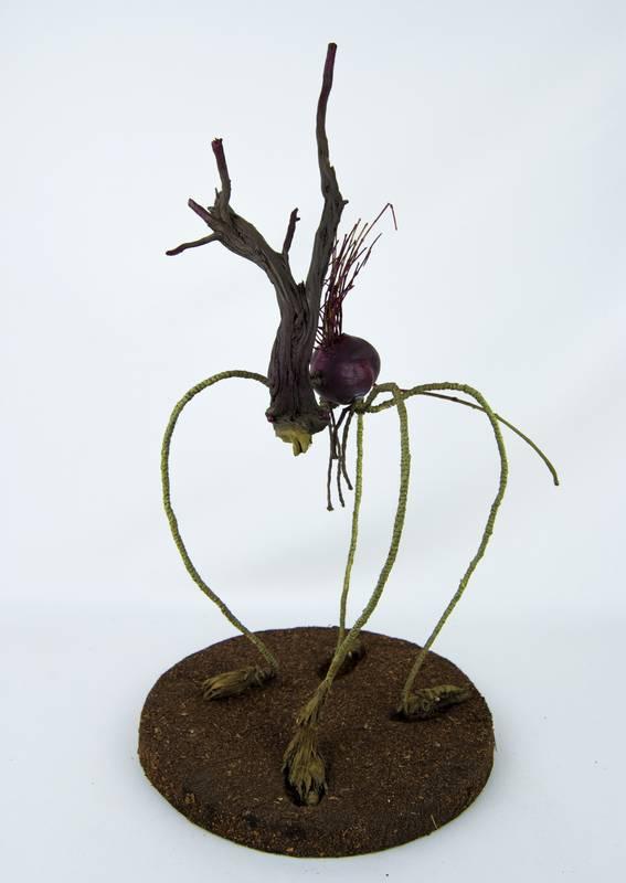 Obra Pulgásito - Escultura - Artista Antonio Morales Prats - Proyecto Kryptos Natura Críptidos