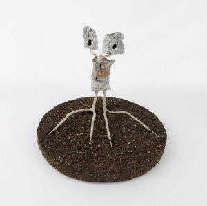 Obra Tronchuelo - Escultura - Artista Antonio Morales Prats - Proyecto Kryptos Natura Críptidos